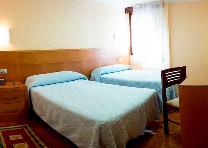 dormir ourense hotel mabu