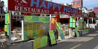 comer magaluf restaurante happy house