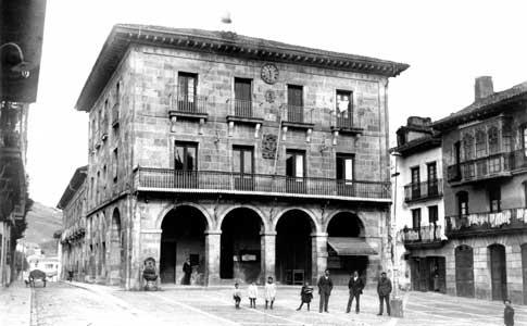 ayuntamiento gernika foto antigua