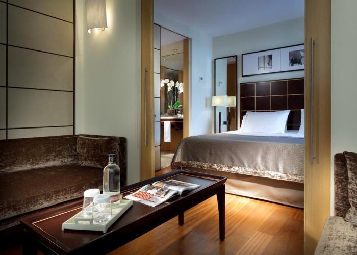 dormir barrio gotico barcelona eurostars gran marina hotel