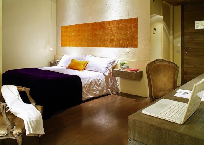 dormir barrio gotico barcelona hotel neri