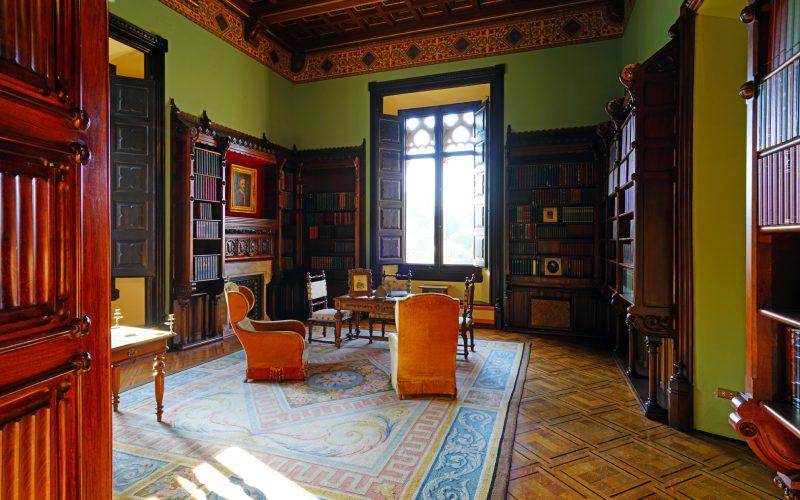 Biblioteca del palacio de Sobrellano