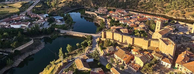Pueblos más bonitos de Madrid: Buitrago del Lozoya
