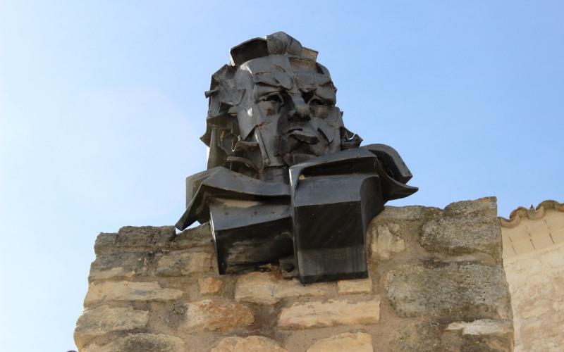 Busto de Goya de 1978 en Fuendetodos