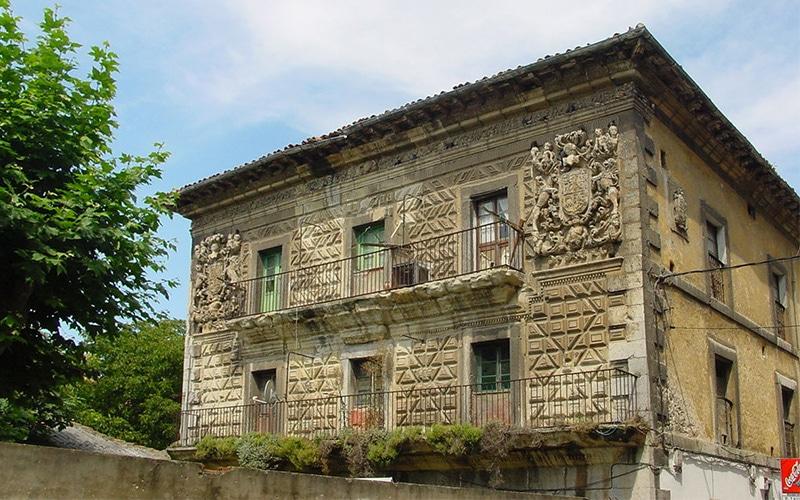 Palacio de Chiloeches en Santoña