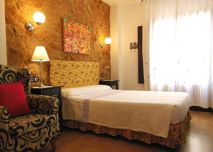D nde dormir en tabernas mejores alojamientos espa a for Casa rural jardin del desierto