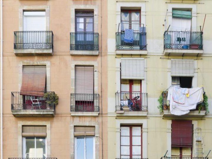 Del hacinamiento al cuarto individual, así han cambiado las casas en España en menos de un siglo