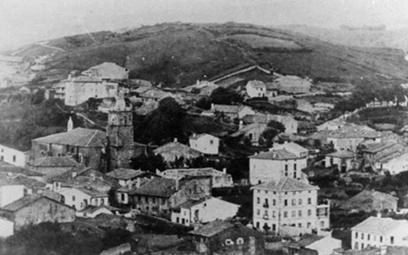 La villa de Comillas en una antigua fotografía