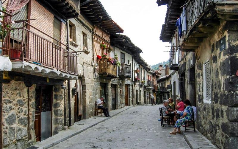 Cuevas del Valle, uno de los pueblos más bonitos de Ávila