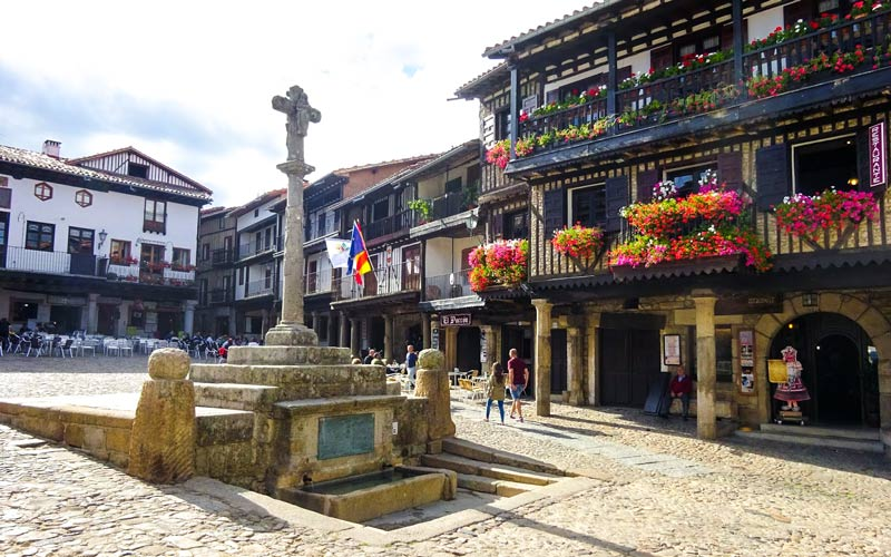 plazas de pueblos