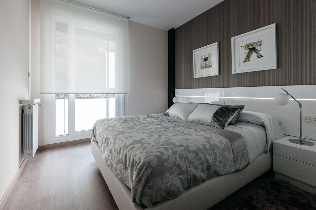 dormir deba apartamentos lujo zumardi