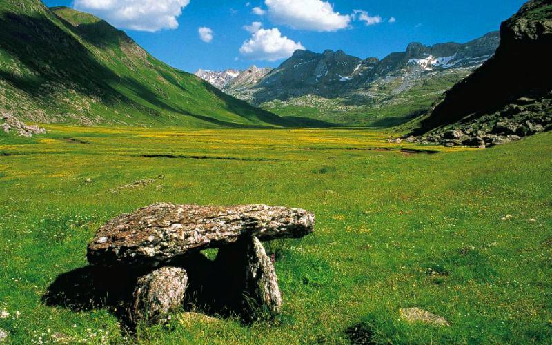 Valles Occidentales, dolmen de Aguas Tuertas