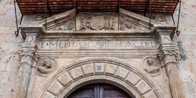 Fachada del Palacio de Pastrana