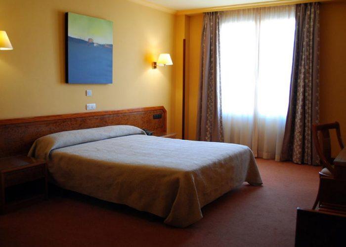 dormir gernika hotel gernika