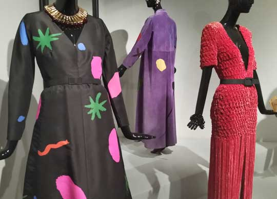 traje Givenchy museo thyssen