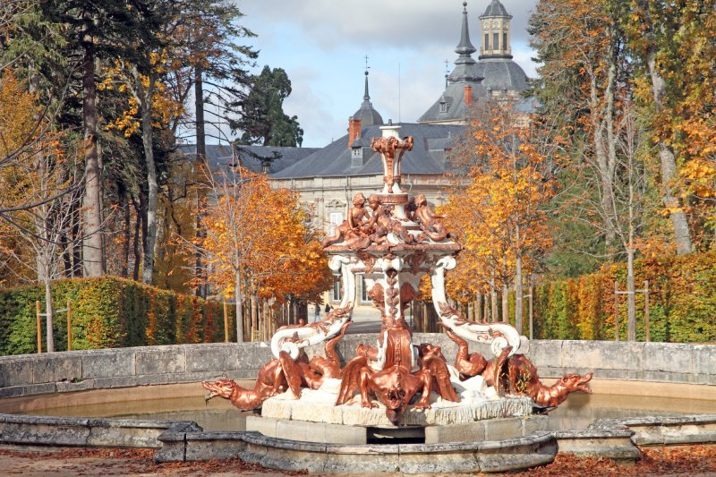 Fuente de la Granja de San Ildefonso en otoño