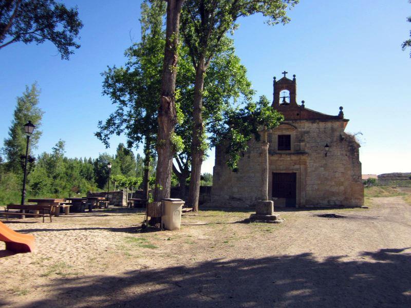 Ermita de la Virgen del Río Gumiel de Izán