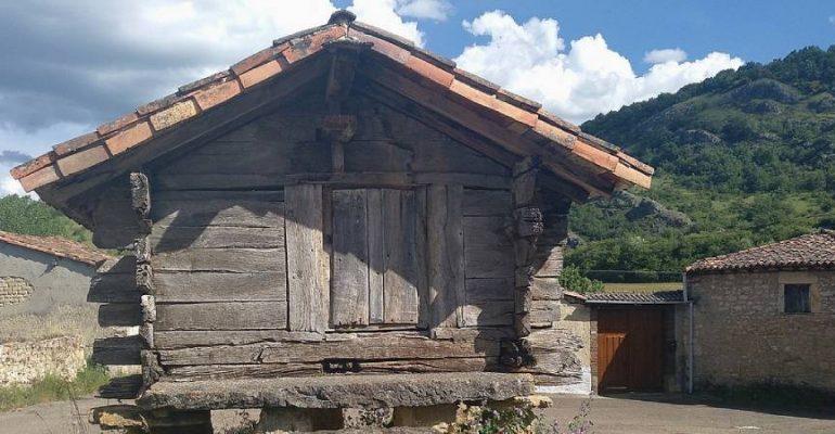 El hórreo de Las Bodas, el más antiguo de España