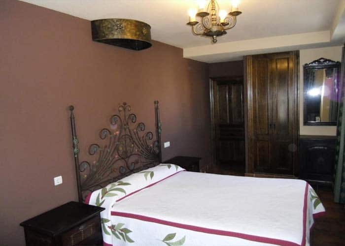dormir carrion condes hostal santiago