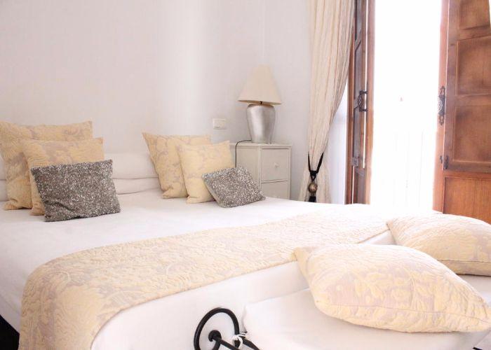 domir velez malaga hotel palacio blanco