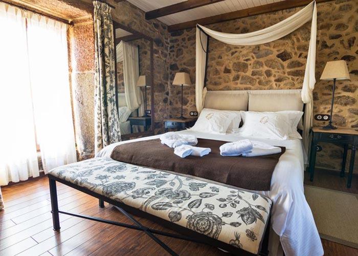 dormir camarinas hotel rustico lugar cotarino