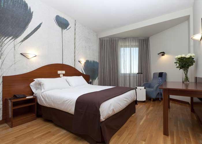 dormir atapuerca hotel sercotel ciudad burgos