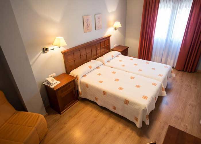 dormir ceraDónde dormir en Cervera de Pisuergavera pisuerga hotel roble