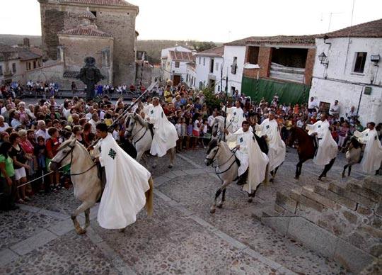 desfile caballos festival alcantara