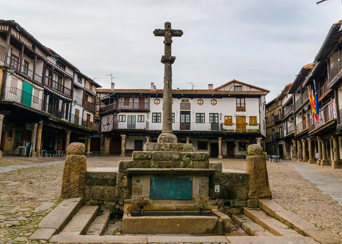 plaza mayor alberca
