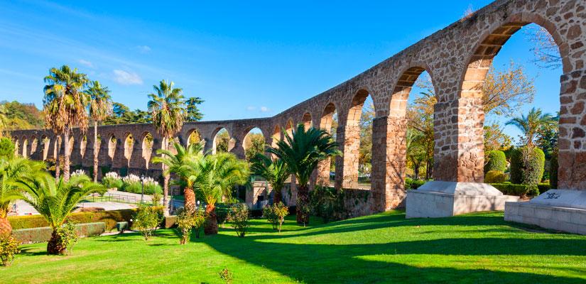 Imagen_blog_viajes_10-lugares-fascinantes-que-deberían-ser-Patrimonio-de-la-Humanidad_plasencia