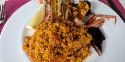 Comer arroz paella Canyamel restaurante cabana