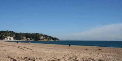 Castillo de Lloret de Mar junto a la playa
