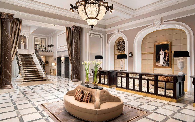 Lobby del Hotel María Cristina en Donosti