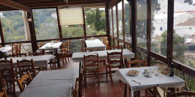 Comer Esmercadal restaurante moli raco