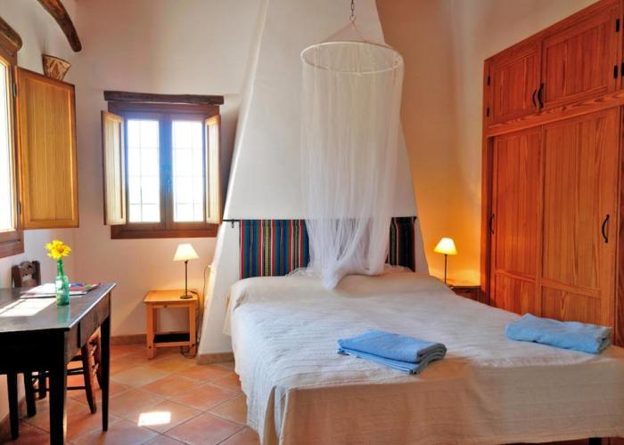 dormir montefrio hotel cerro almendral