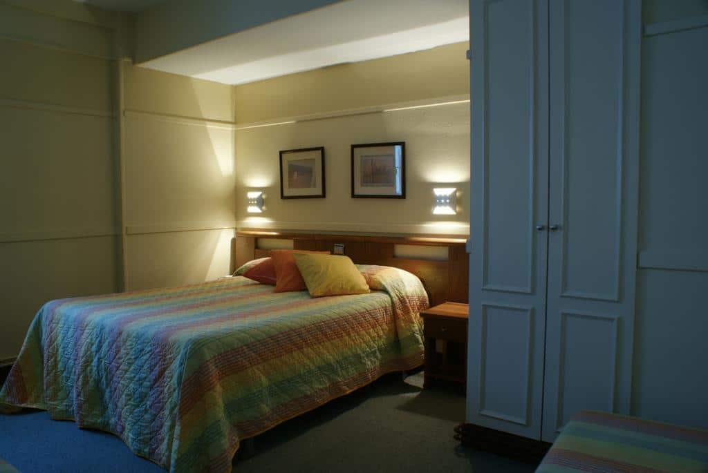 dormir mundaka hotel puerto