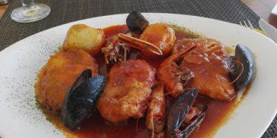 Comer marisco Son Xoriguer on egin