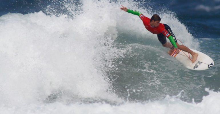 9 perfectas playas de España para surfear este verano