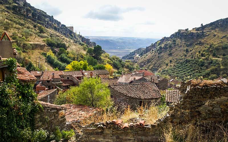 Pueblos más bonitos de Madrid: Patones de Arriba