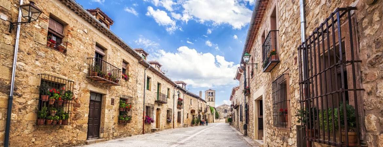 Pedraza de la Sierra pueblos más bonitos de Segovia