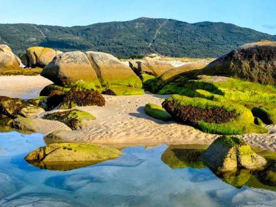 Playa de Carnota, Monte Pindo, Monte y Laguna de Louro
