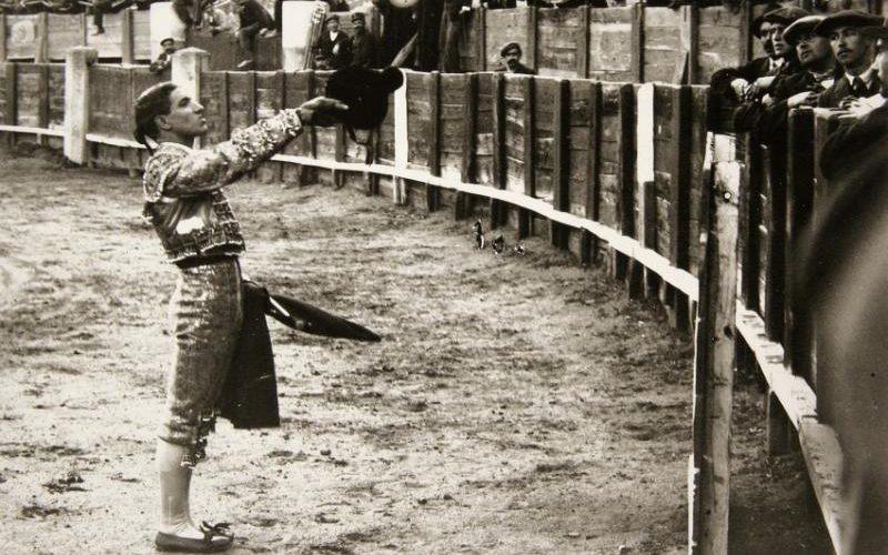 Antigua faena en la plaza de toros de Toledo