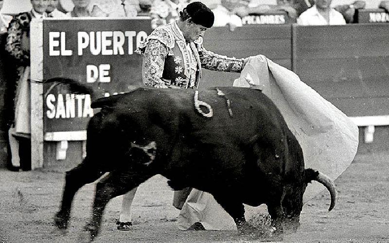 Curro Romero en la Plaza de toros del Puerto de Santa María