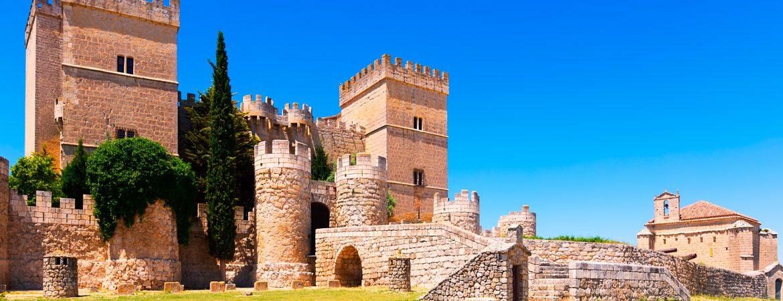 El castillo de Ampudia, uno de los principales lugares que ver en Ampudia