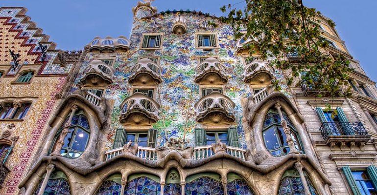 Las seis mejores casas modernistas de Barcelona