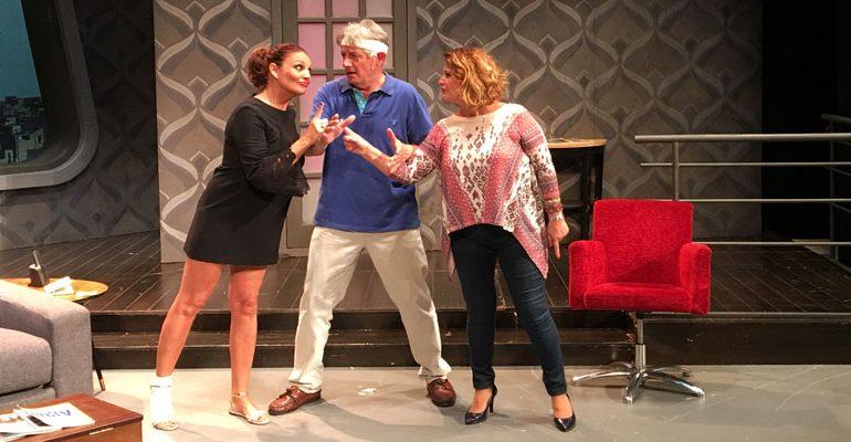 Taxi 'al cuadrado ' en el Teatro La Latina