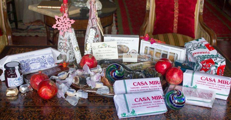 Una cesta de navidad artesana