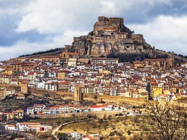 El pueblo medieval de Morella y su fortificación inexpugnable