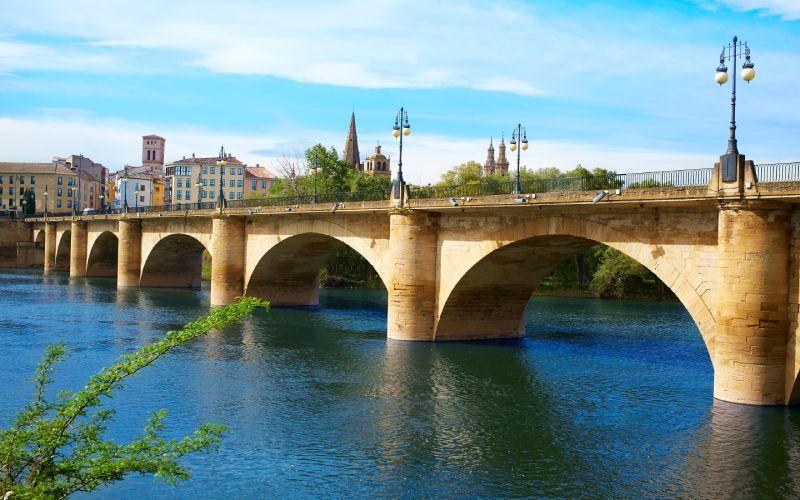 Puente sobre el Ebro en Logroño
