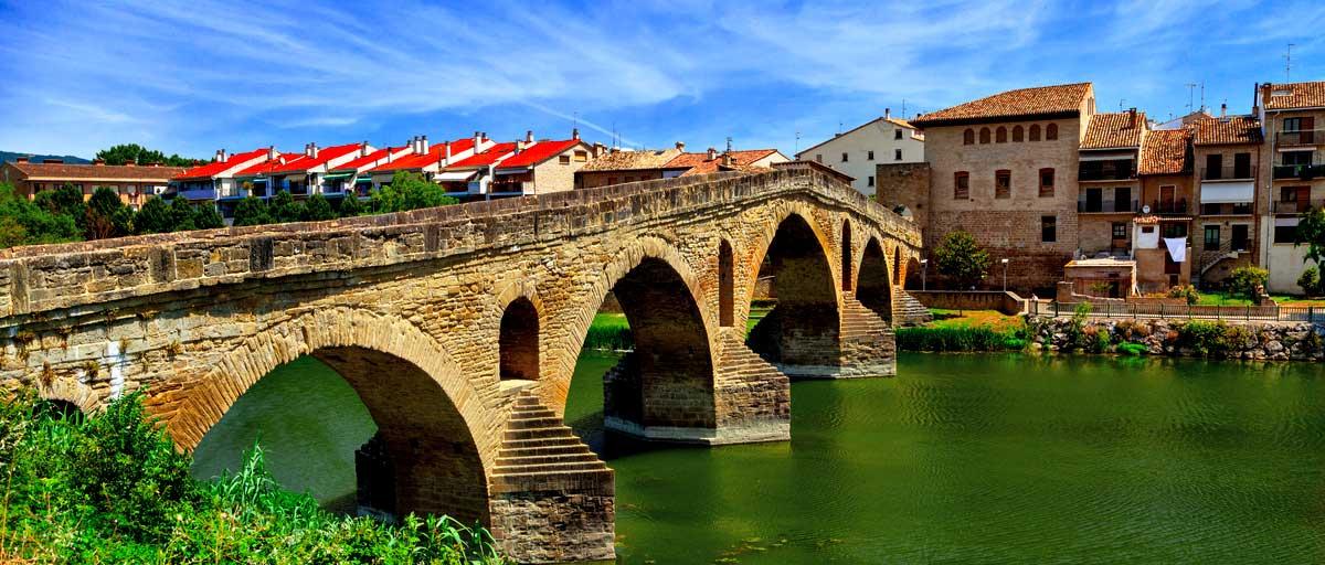Románico en Navarra: Puente la Reina